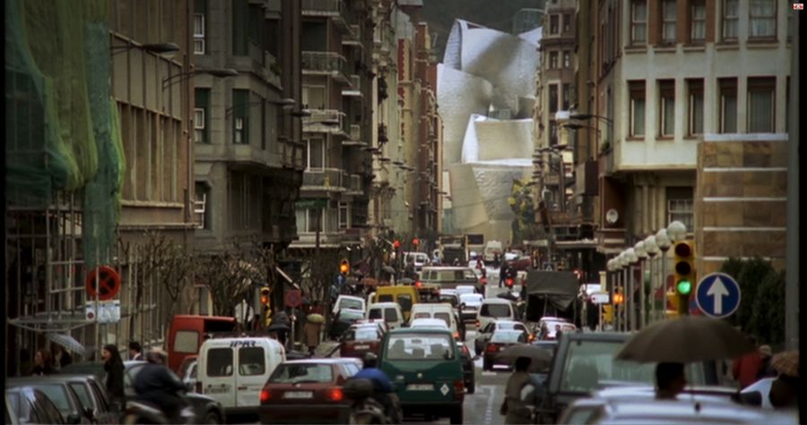 Guggenheim Museum Bilbao - Context city street view